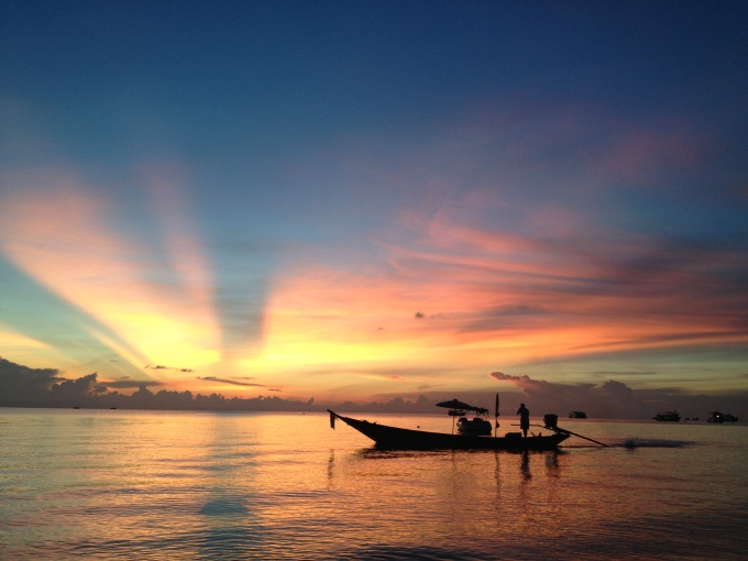 O pôr do sol mais lindo que eu já vi!! The most beautiful sunset that I've ever seen!!