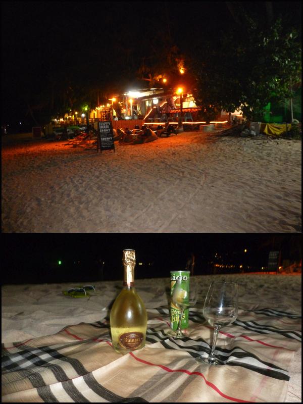 Barzinho na praia e o nosso pic nic. Bar on the beach and our pic nic.