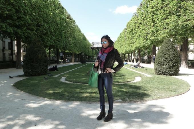 Found a new cute garden in Paris Achei mais um jardim lindo em Paris